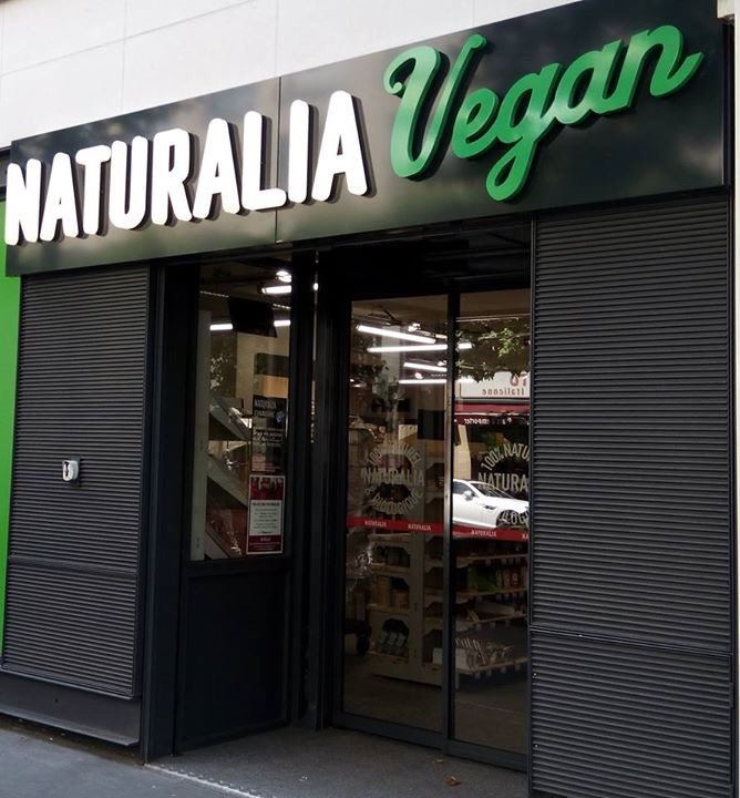 Les trois magasins Naturalia vegans à Paris