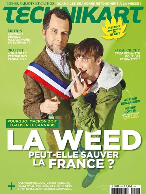 "Le ""joint tendu"" de Technikart à Emmanuel Macron"